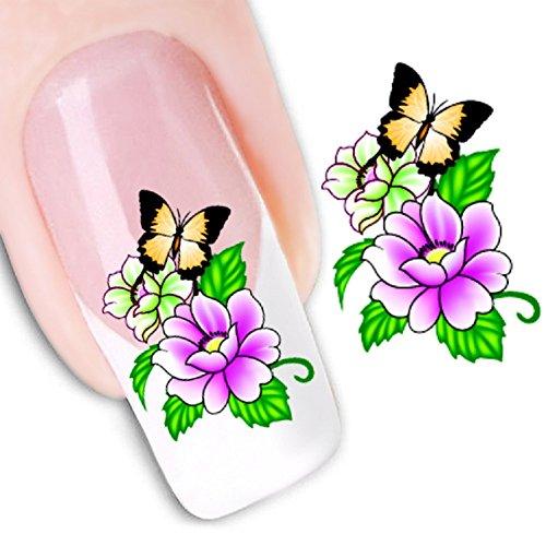 Маленькие цветочки на ногтях 7