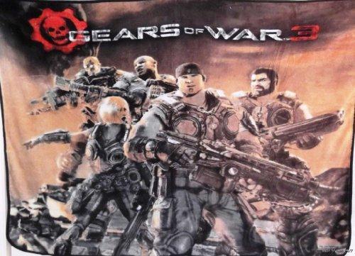 Gears Of War 50In X 60In Fleece Throw Blanket front-809199