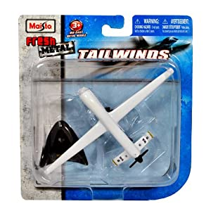 "Maisto Fresh Metal Tailwinds 1:97 Scale Die Cast United States Military Aircraft - US Air Force Medium Altitude, Long Endurance, Unmanned Aerial Vehicle (UAV) RQ-1 Predator with Display Stand (Dimension: 6"" x 3-1/2"" x 1"")"