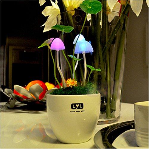 Bluelover Sensible à la lumière de couleurs changeantes LED champignon nuit lumière maison de lumières décoratives Decor cadeau