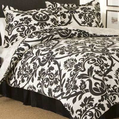 King Size Bedroom Sets  1000 on Comforter Sets    Blog Archive    Black White Zeus Comforter Set