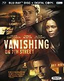Vanishing on 7th Street (+ Digital Copy) [Blu-ray]