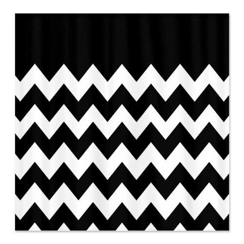 Imagen de portada de 10 Unique Black and White Chevron Shower Curtain Designs