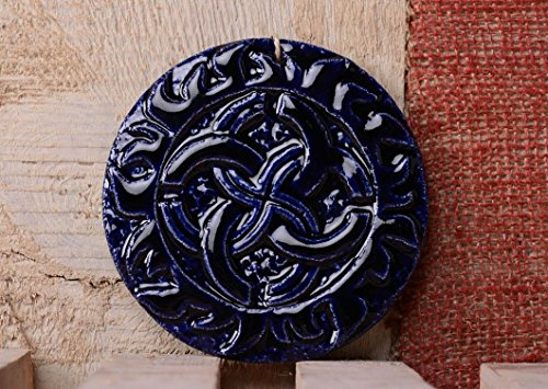 assiette-decorative-en-ceramique-porte-bonheur-svadebnik