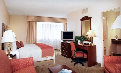 1 Night Sophisticated Suites In Bustling Midtown Atlanta Hotel Package Groupon