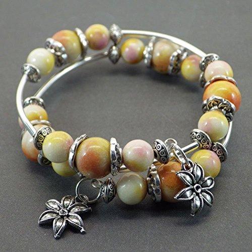 bracelet-fil-memoire-thurcolas-ethnique-yellow-passion-en-double-revolution-en-jade-blanc-naturel-te