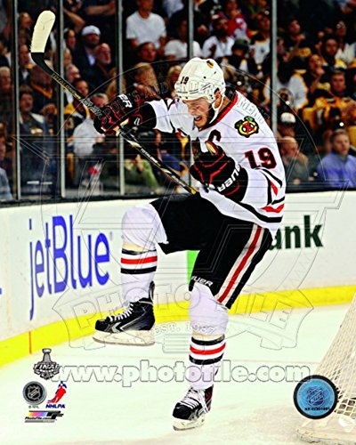 Jonathan Toews Goal Celebration Game 4 of the 2013 Stanley Cup Finals Photo 8 x 10in