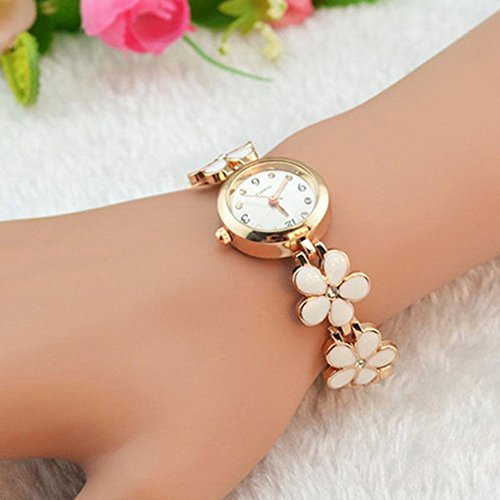 Women Girl Chic Fashion Daisies Flower Rose Golden Bracelet Wrist Watches (White)