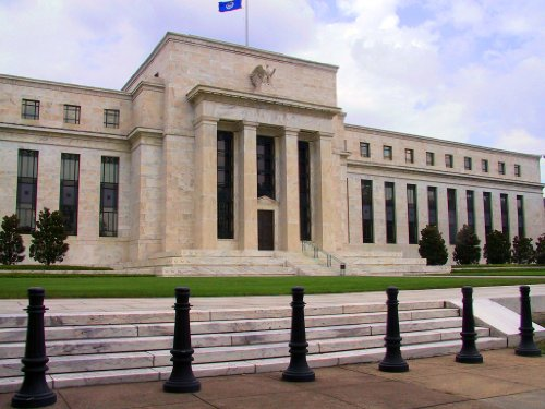 Primer on the Interest Rate, Fixed Income and Foreign Exchange Market