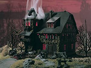 "N Scale Vampire Villa Haunted Mansion w/Flickering Light -- 5 x 4 x 4-3/4"" 12.5 x 10 x 11.8cm"