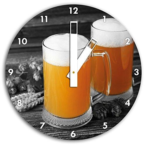 Deux verres de bière Hefeweizen avec hop sur la table en bois noir / blanc, diamètre 30cm horloge murale avec du blanc au carré les mains et le visage, objets décoratifs, Designuhr, aluminium composite très agréable pour salon, bureau