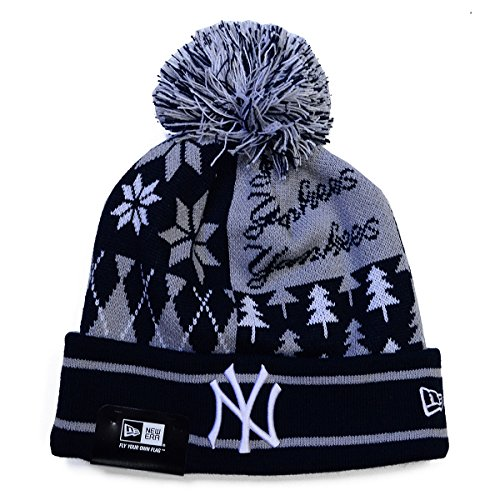 100% Authentic Officially Licensed NWT, New York NY Yankees Boxed Link Ugly Sweater Cuffed Knit Pom Hat / Cap