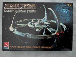 Star Trek Deep Space Nine 9 Space Station 1/2500 Scale Model Kit (1994 AMT/ERTL)