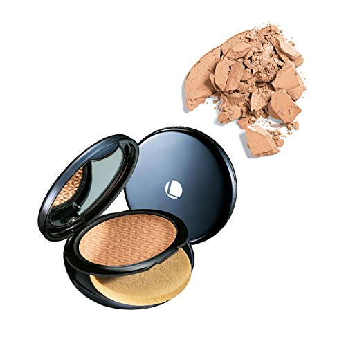 Lakme Absolute White Intense Wet and Dry Compact, Almond Honey, 9g  available at amazon for Rs.540