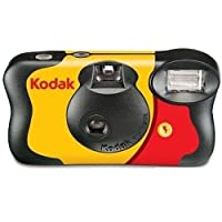 kodak 3920949 Fun Saver Single Use Camera with Flash (Yellow/Red)