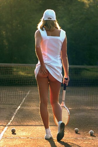 Gb Tennis Girl Sexy Ladies Poster, 61 x 91,5 cm