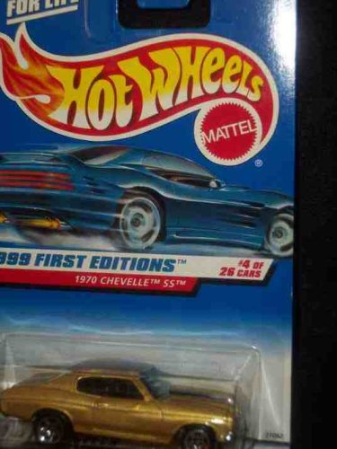 1999 First Editions #4 1970 Chevelle SS Gold Large/Small Wheels Tampo #915 Mint - 1