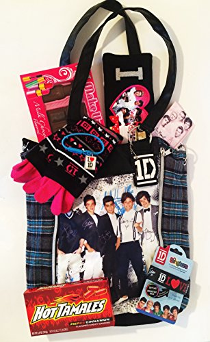 The Perfect High End Gift Collection for the Trendy One Direction Directoneer with Candy and Jewelry (1 Direction Jewelry compare prices)