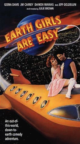 Earth Girls Are Easy [VHS]