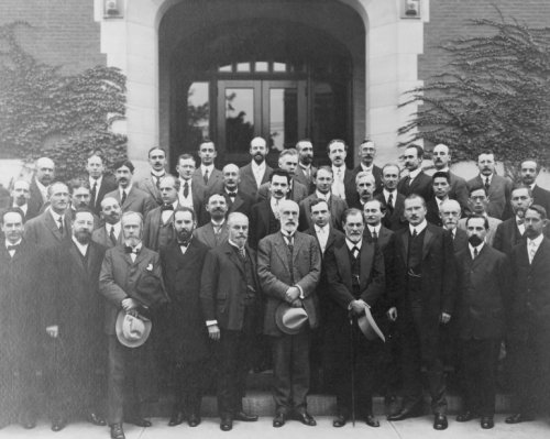1909 photo Celebration of the Psychological Department, Clark University, Worcester, Massachusetts graphic. Sigmund Freud, Carl Gustav Jung, Ernest Jones, Sandor Ferenczi, G. Stanley Hall, A.A. Brill, and many others posed in front of entrance to building at Clark University in Worcester, Massachusetts. Vintage 8x10 Photograph - Ready to Frame