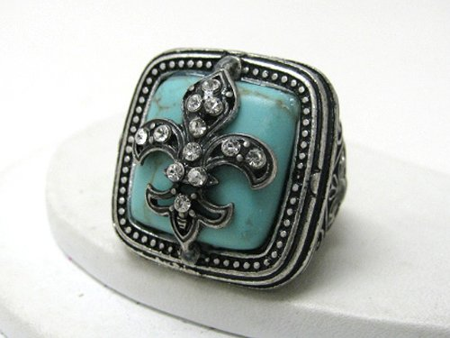 Nena Turquoise Stone with Fleur Accent Fashion Ring with Ice Crystal Accents Antique Silver Tone