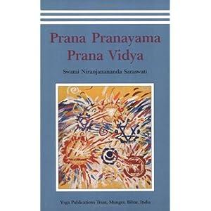 Amazon.com: Prana Pranayama Prana Vidya (9788185787848 ...