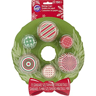Wilton 415-2684 150 Count Christmas Multipack Baking Cups