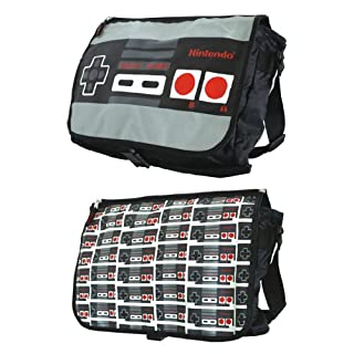 任天堂クラシックネスコントローラーリバーシブルフラップメッセンジャーバッグ Nintendo Classic Nes Controller Reversible Flap Messenger Bag