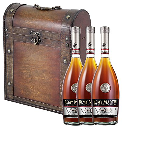 3-x-remy-martin-vsop-mature-cask-cognac-in-antique-effect-gift-box-with-handcrafted-gifts2drink-tag