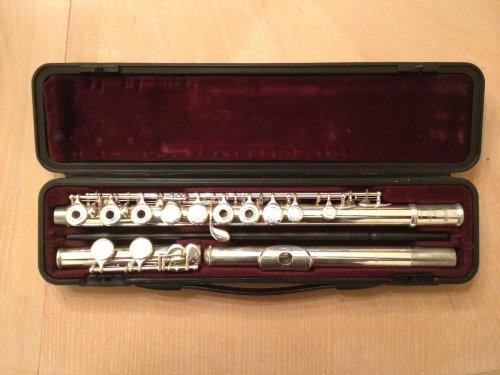 USA Deals  Buy Online Yamaha YFL 281 Standard Flute