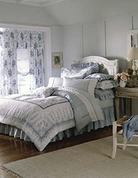 Ideal Laura Ashley Sophia Comforter Set