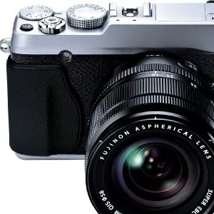 FUJIFILM ミラーレス一眼カメラ X-E1 レンズキット ズームレンズ付属 シルバー X-E1/XF18-55 SET S