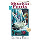 Knitting Bones (Needlecraft Mysteries) (Berkley Prime Crime Mysteries)by Monica Ferris