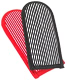 Lodge Striped Hot Handle Holders/Mitts, Set of 2