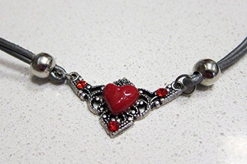 collar-rojo-con-corazon-de-porcelana-y-esmalte