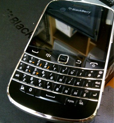 BlackBerry Bold 9900 RDY71UW シムフリー 日本語化済み