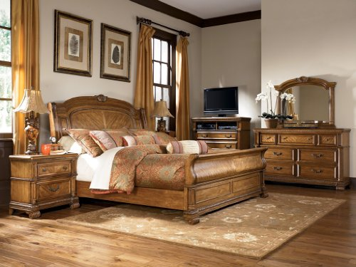 Clearwater Sleigh Bed Bedroom Set by Signature Design Product Feature