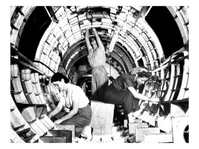 Long Beach, California, Rosies at Work, B-17 Flying Fortress Airplane Art Poster Print by Lantern Press, 18x24