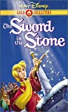 The Sword in the Stone (Walt Disney Gold Classic Collection) [VHS]