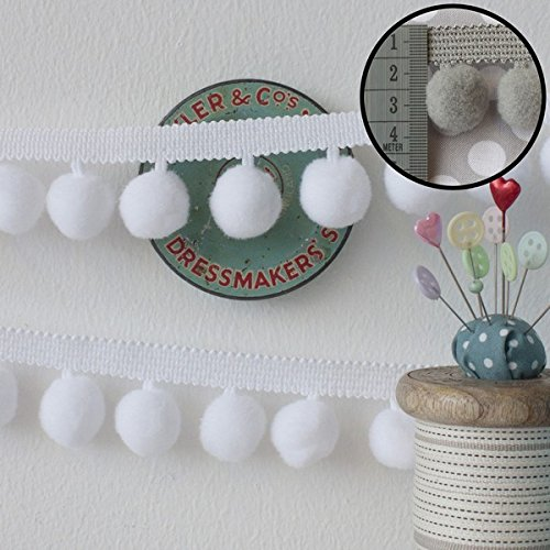 jumbo-pom-pom-trim-white-per-metre