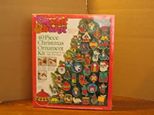 Makit & bakit 40 Piece Christmas Ornament Kit