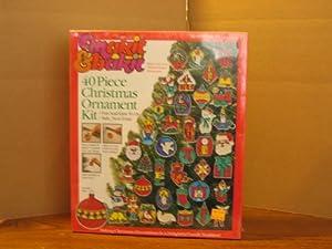 Makit & bakit 40 Piece Christmas Ornament Kit