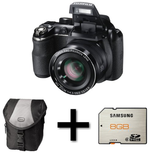 Fujifilm FinePix S4500 + Case and 8GB Memory Card (14MP, 30x Optical Zoom) 3 inch LCD Screen