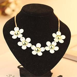 Buyinhouse Casual Design Plastic Little Daisy Flowers Petals Short Chain Necklace