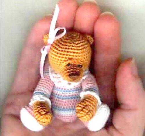 TAFFIE Thread Teddy Bear Crochet Pattern by Edith