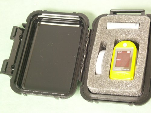 Cheap Hard Case for fingertip pulse oximeter (B001UBKPAI)