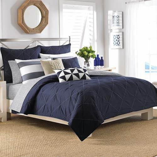 blue and white bedding bedroom decor ideas