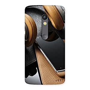 Delighted Realistic Print. Back Case Cover for Moto X Play