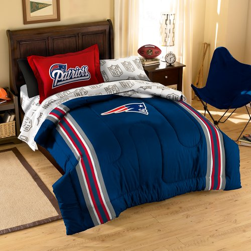 Nfl New England Patriots Twin Bed In A Bag With Applique Comforter front-887138