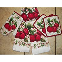 Lovely Set OF Apple Dish Towels/ Dish CLoths/OVen Mitt/ Pot Holders